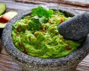 guacamole-coup-de-boost-à-la-spiruline